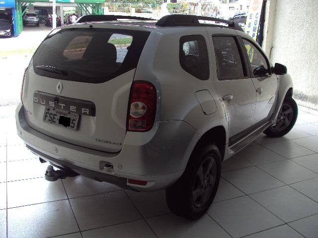 DUSTER TECH ROAD II 2.0 AUT. - 2014/2015 - PRATA 2