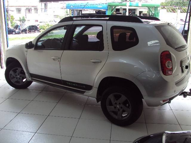 DUSTER TECH ROAD II 2.0 AUT. - 2014/2015 - PRATA 9